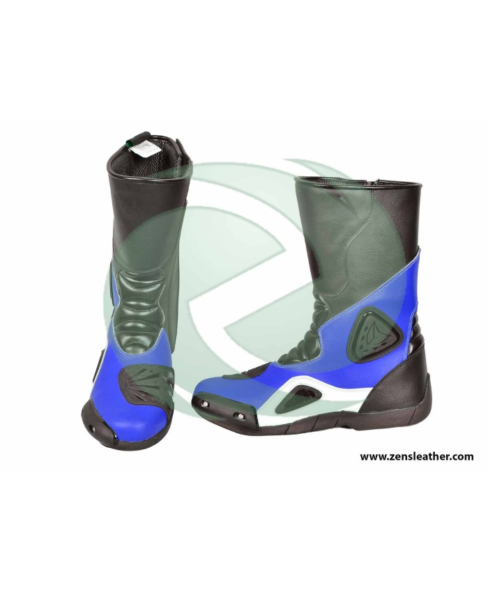 Blue motorbike boots match with your bike yamaha blue racing boots